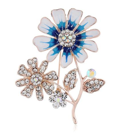 Explosive plant clothing, hollow flower brooch NHKQ171298's discount tags