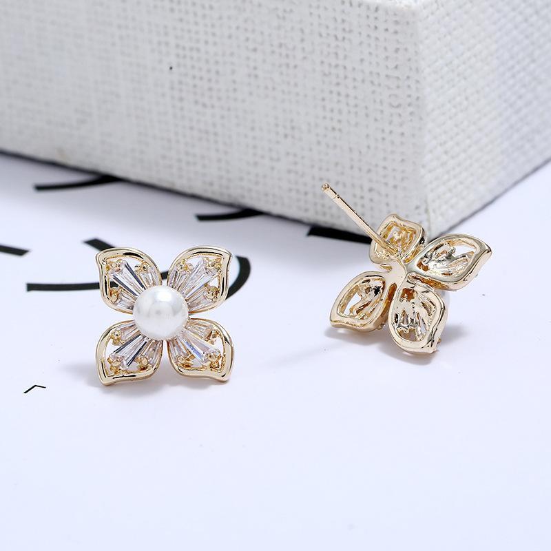 Creative fashion temperament ladies zircon earrings NHKQ171308