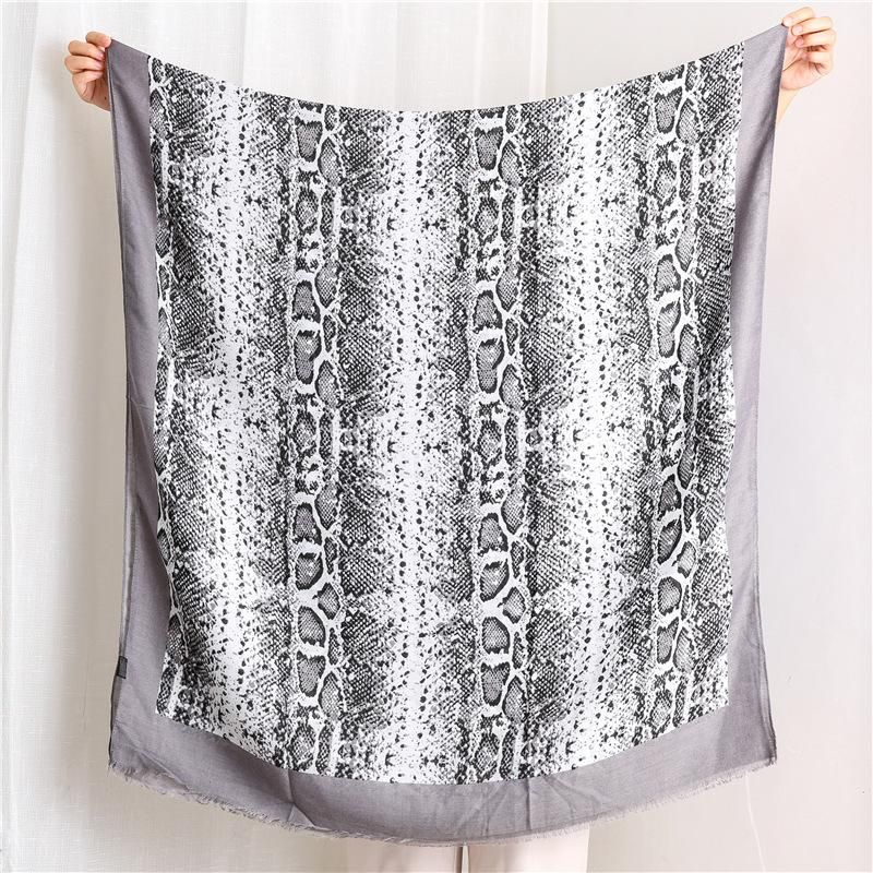 Women's scarf fashion longman snakeskin cotton shawl NHGD171751