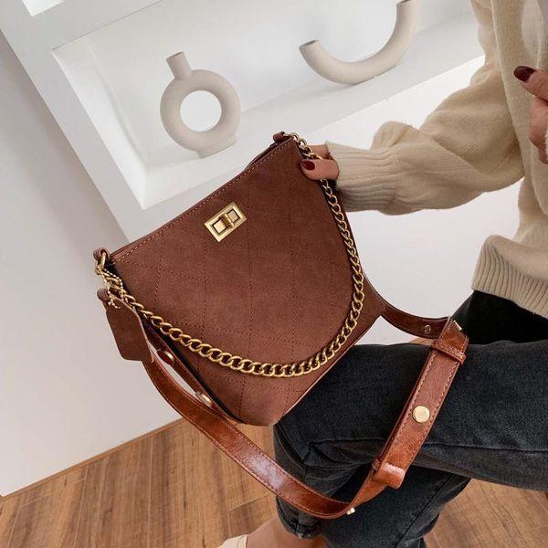 New rhombic chain bucket bag female retro wide shoulder lock single shoulder Messenger bag NHPB172687