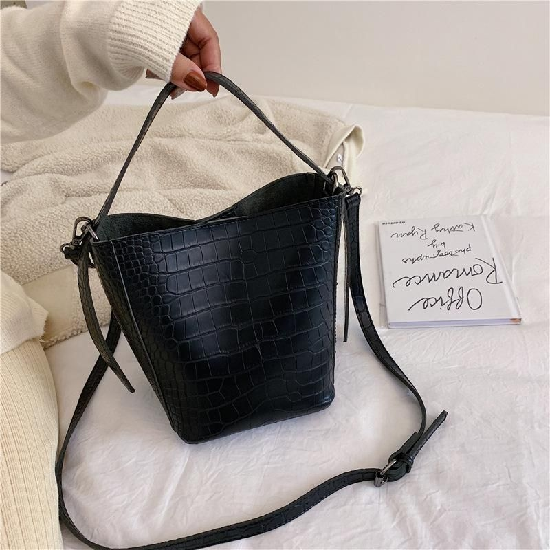 New women's bag fashion bag slung simple crocodile pattern bucket bag NHTC172783