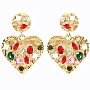 Fashion geometric heart-shaped alloy diamond-studded diamond drill glass stud earrings NHMD173029's discount tags