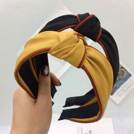 New simple hair accessories fabric hit color middle knot knotted wide side headband ladies NHRH173156's discount tags