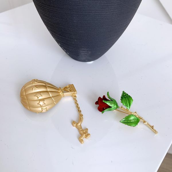 Vintage gold hot air balloon suit antique rose brooch NHYQ173285