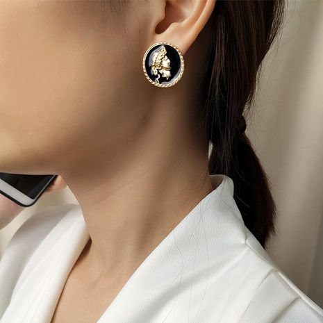 New earrings, human button, earrings, portrait earrings NHNZ173409's discount tags
