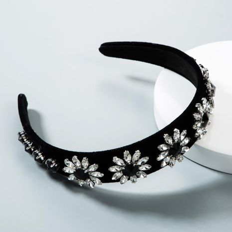 Simple Christmas full sun flower geometric wide side gold velvet cloth headband NHLN155939's discount tags