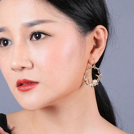 New plated leaf earrings geometric circle net red earrings pearl earrings NHQD174043's discount tags