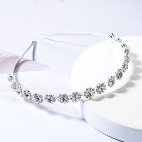 Fashion alloy diamond round small flower super flashing headband NHJE156644's discount tags
