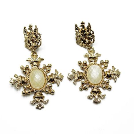 Vintage oversized pearl gold leaf baroque stud earrings NHWJ156681's discount tags