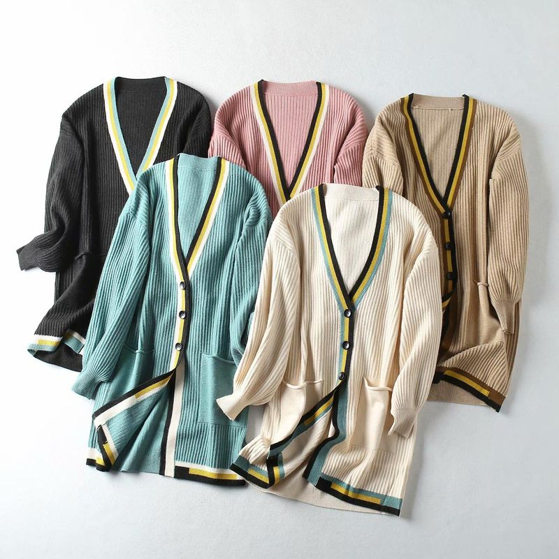 Contrast color placket in the long core yarn cardigan NHAM157328