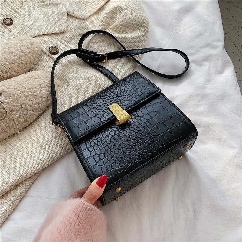 Crocodile small bag female new fashion black crossbody shoulder small square bag NHXC177346