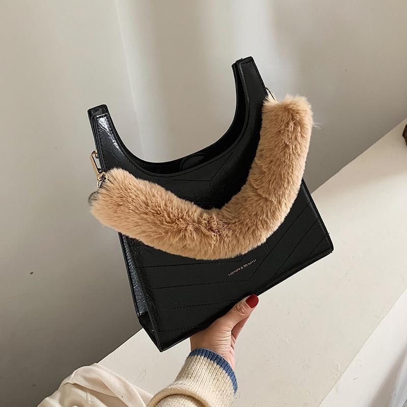 Retro portable fur bag female new fashion black tote bag crocodile pattern shoulder bag NHXC177352