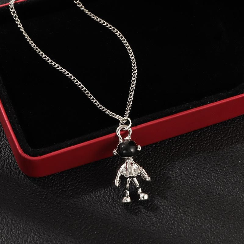 Fashion Creative Spaceman Necklace Personality Street Shooting Astronaut Pendant Sweater Chain NHNZ177402