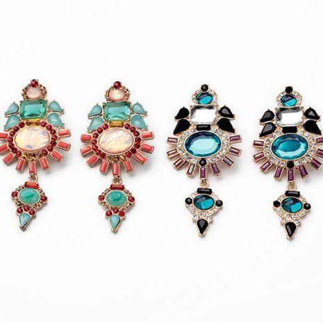 Los diamantes de moda europeos y americanos exageraron los pendientes versátiles y generosos NHQD177508's discount tags