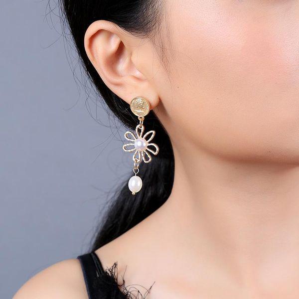 Pearl earrings simple flower earrings geometric face coin earrings new NHQD177528