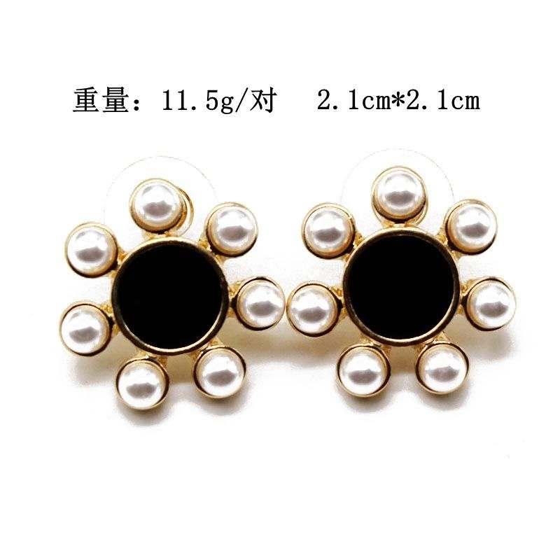 Ear clip black white flower earrings ear clip 925 silver needle earrings pearl earrings NHOM177578