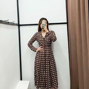 Venta al por mayor de moda 2019 invierno estampado retro cintura sobre vestido largo de manga larga NHAM177700's discount tags
