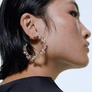 Aretes para mujer de aleación de perlas en forma de C pendientes de temperamento simple pendientes nuevos accesorios accesorios de vestir al por mayor de moda NHJQ178323's discount tags