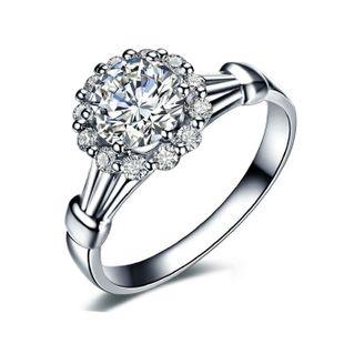 Simulación de personalidad japonesa y coreana con micro incrustaciones de circón anillo de bodas de cuatro garras temperamento femenino anillo de compromiso salvaje NHLJ177993's discount tags
