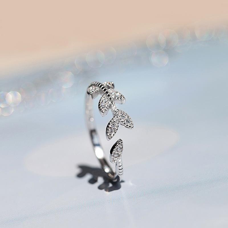 Korea, Europe and the United States elegant literary personality diamond zircon leaves open index finger ring NHCU178297
