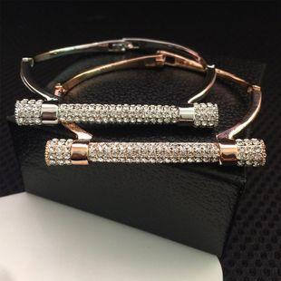 Diamond Bolt Bracelet Alloy Diamond Letter D Horseshoe Bracelet NHWK178221's discount tags