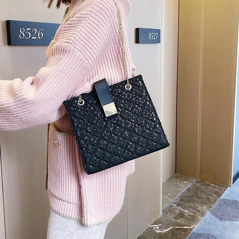 New female small bag female new autumn and winter rhombic embroidery line chain shoulder bag fashion Messenger small square bag NHXC178920