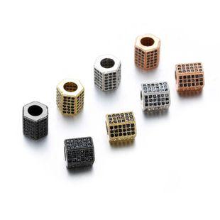 Venta caliente de cobre con incrustaciones de circonio columna hexagonal de cuatro colores agujero redondo cuentas sueltas pulsera accesorios de joyería colgante NHZU178828's discount tags