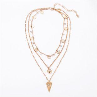 Nueva moda caliente simple gota de amor borla redonda combinación de tres capas collar de cadena de clavícula femenina NHZU178815's discount tags