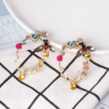 Pendientes de gota de agua pendientes de temperamento retro de moda femenina NHJJ179010's discount tags