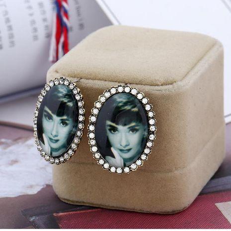 Oro de protección de color con aretes de diamantes modelos femeninos no son joyas de aleación alérgica al por mayor NHKQ179065's discount tags