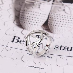 Creative smooth ring simple hollow silver alloy jewelry ring wholesales fashion NHKQ179041's discount tags