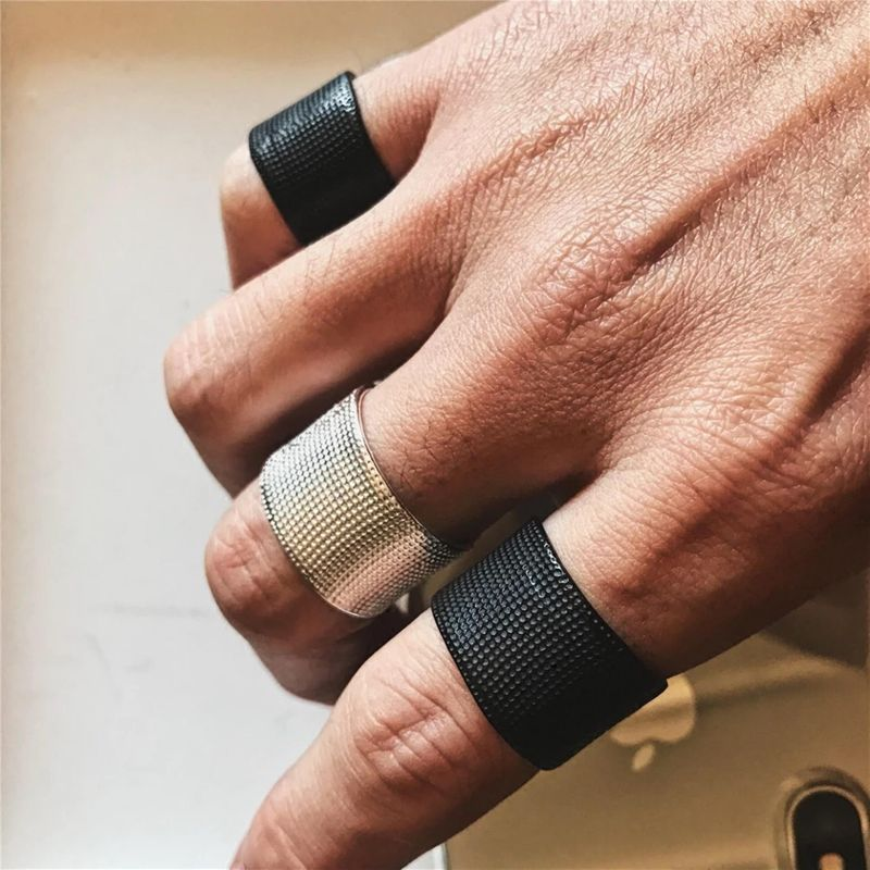 Hip Hop Punk Personality Ring Velcro Strap Design Solid Color Simple Ring wholesales fashion NHYQ179281