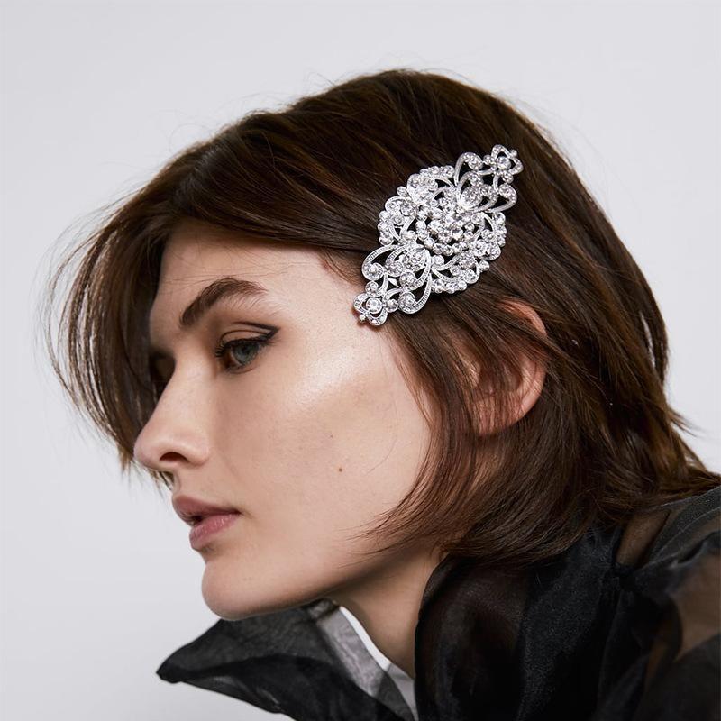Embellished headband Alloy Diamond Hair Clips Vintage Engraving Cutout Card wholesales fashion NHJQ179590