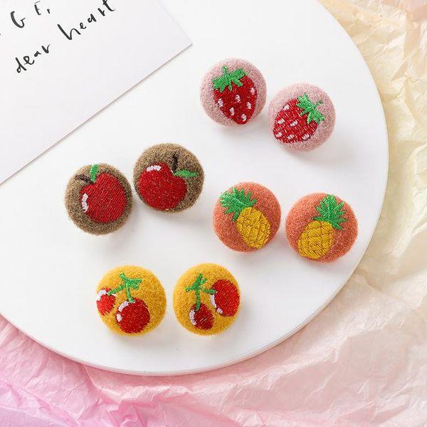 Aretes de felpa bordados vintage Pendientes de fresa rosa Pendientes de bola de pelo de tela redonda NHMS179543
