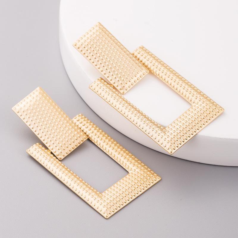 Aretes para mujer retro pendientes geométricos creativos dorados pendientes de Navidad joyas al por mayor de moda NHLN179636