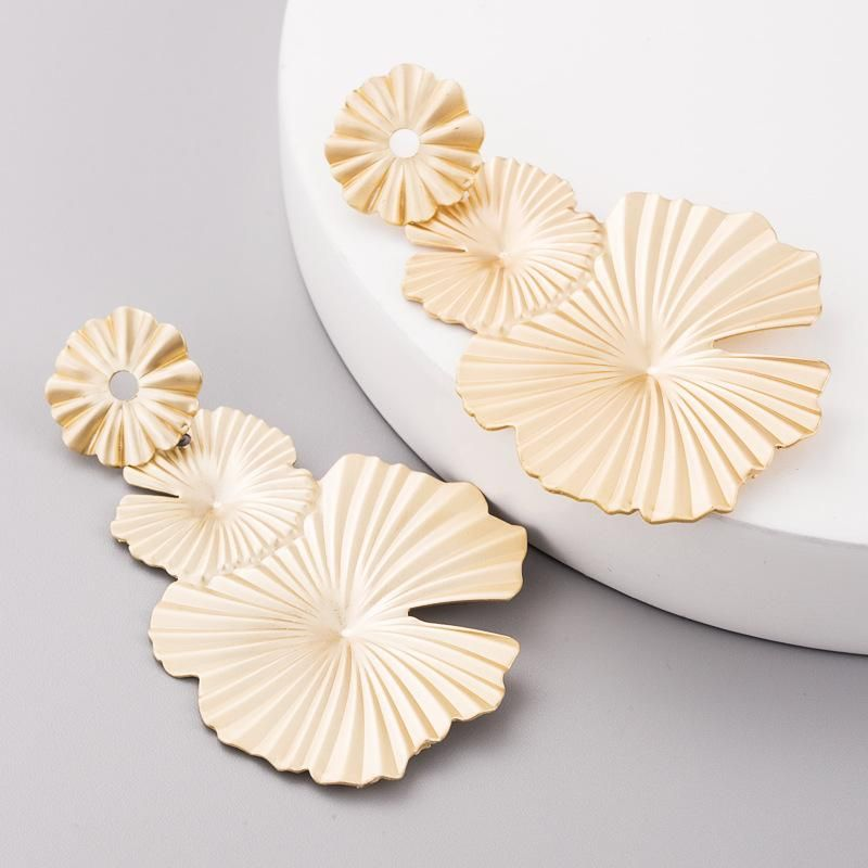 Vintage earrings female earrings creative golden lotus leaf shaped earrings jewelry NHLN179640