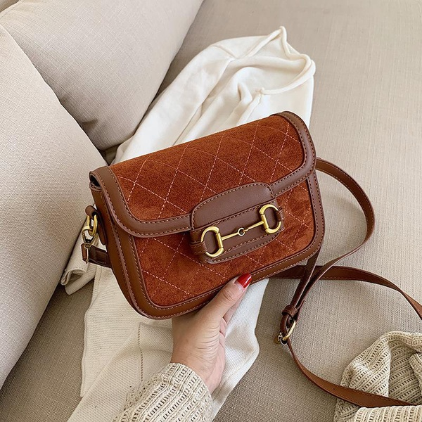 The new 2019 tide autumn and winter fashion wild gas scrub single shoulder bag simple rhombic horse buckle slung small square bag NHPB174656
