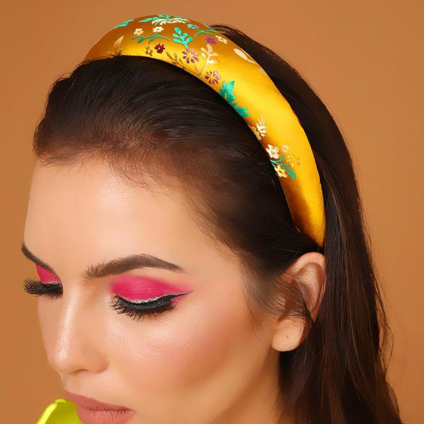 Creative Embroidered Satin Thick Sponge Headband Palace Wind Hair Accessories NHMD179977