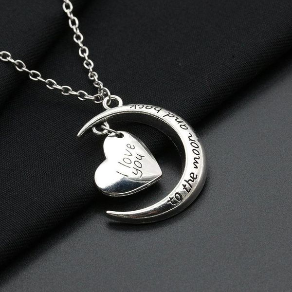 Best selling couple necklace I love you moon heart love necklace clavicle chain NHCU180251