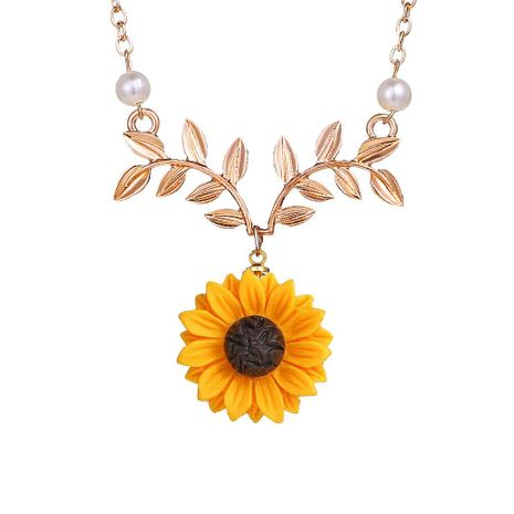 Fashion temperament sun flower necklace creative wild pearl sunflower pendant NHNZ180823's discount tags