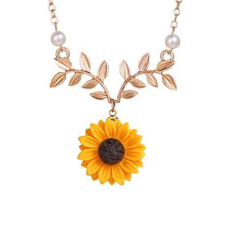 Fashion temperament sun flower necklace creative wild pearl sunflower pendant NHNZ180823's discount tags