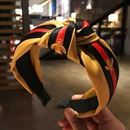 Korean style hair accessories Korean version of the small bee pattern wild fabric middle knot knotted wide side headband headband head NHSC180754