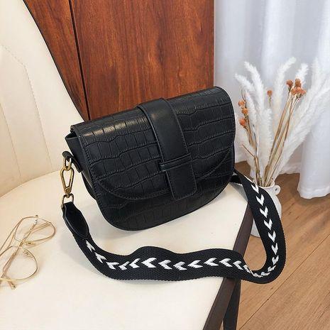 Retro wholesale women bags new cross-body bag stone pattern fashion saddle bag NHTC180962's discount tags