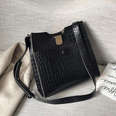 Wolesale women bags new fashion retro crocodile pattern shoulder slung small square bag NHTC181009's discount tags