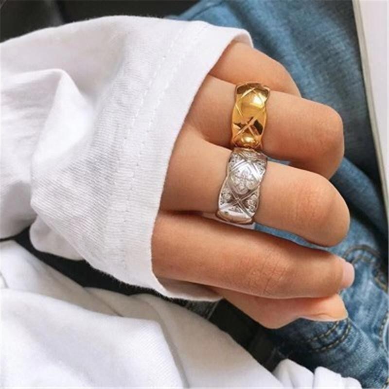 Fashion personality ring women fashion wave pattern diamond couple ring  wholesales fashion NHYQ181373