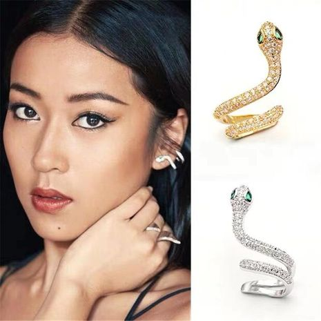 Stylish and exquisite diamond emerald high quality smart snake earrings single NHYQ181359's discount tags