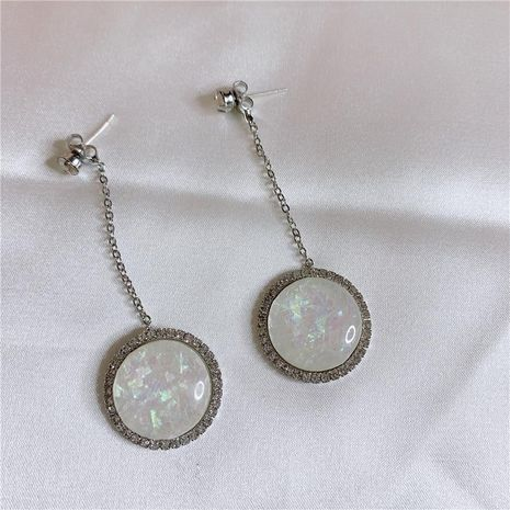 Aretes para mujer de borla con aguja de plata 925 de concha de mosaico de diamante brillante geométrico simple con concha larga NHYQ181350's discount tags