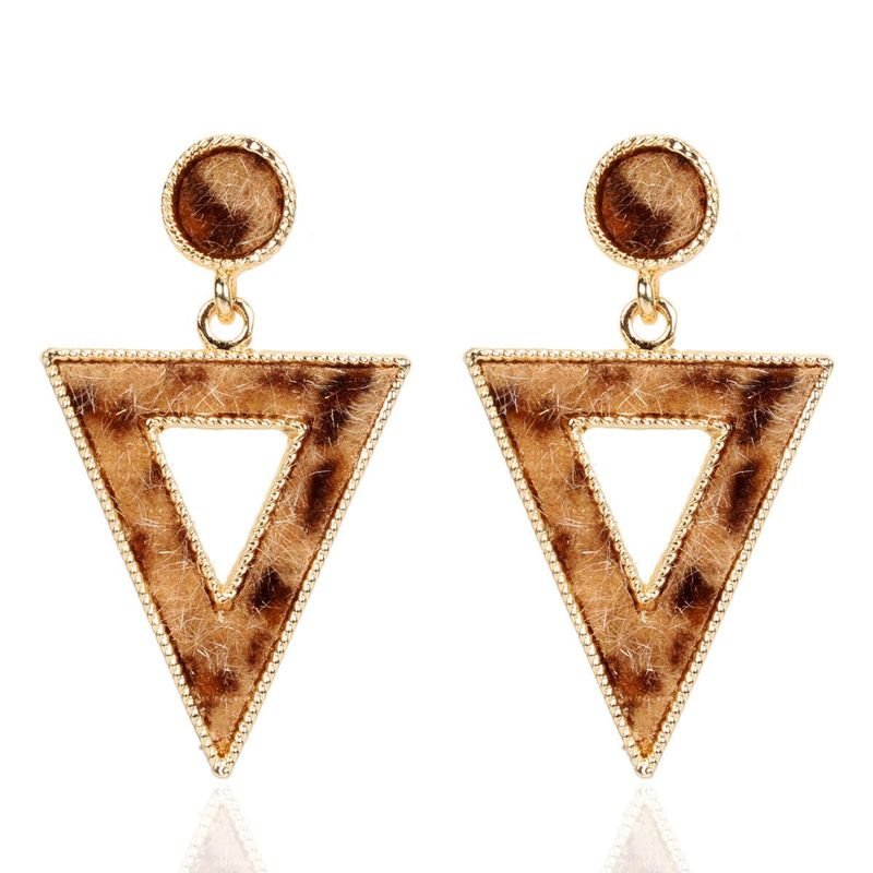 Inverted triangle leopard alloy earrings fashion earrings NHCT181607