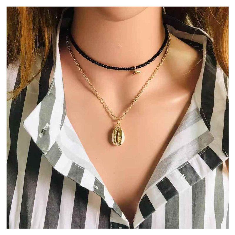 Short neck choker handmade fashion rice beads shell fishtail necklace women wholesales fashion NHCT181597