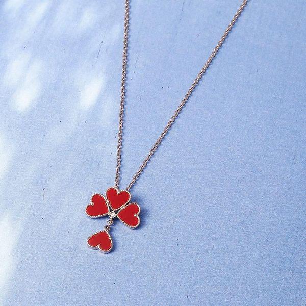 Onyx four-leaf flower pendant necklace pendant wild rose gold clavicle chain titanium steel necklace NHIM182319